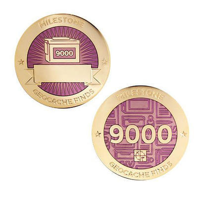 9.000 Finds Milestone Geocoin and Tag Set - 1