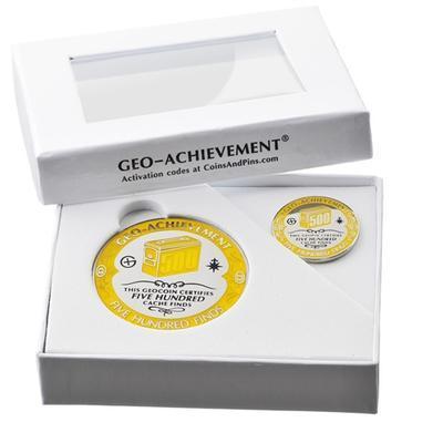 500 Finds Geocoin + Pin + Box - 2